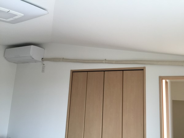 断熱材が必要となるエアコン工事