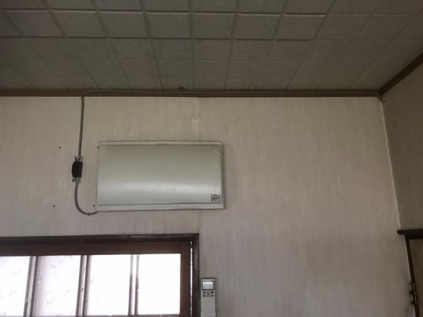 天井裏、打ち付けの専用回路